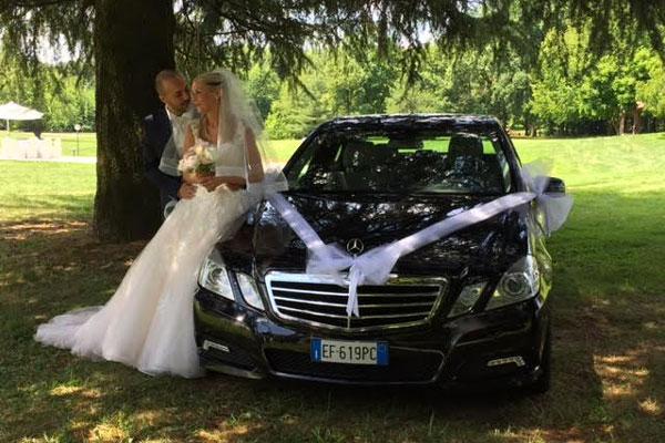 oldalon, hogy megfeleljen a barátok párizsban értesítést menyasszony